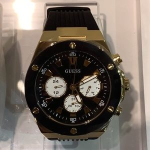 BRAND NEW MENS GUESS WATCH